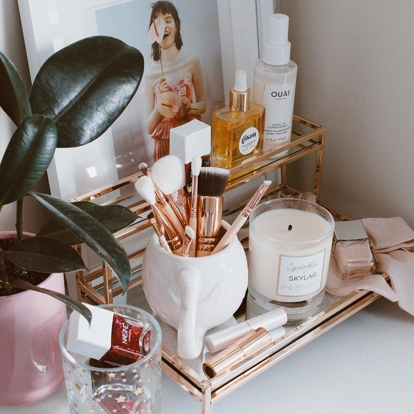 Фото №2 - Как правильно очищать, сушить и хранить кисти и спонжи для макияжа