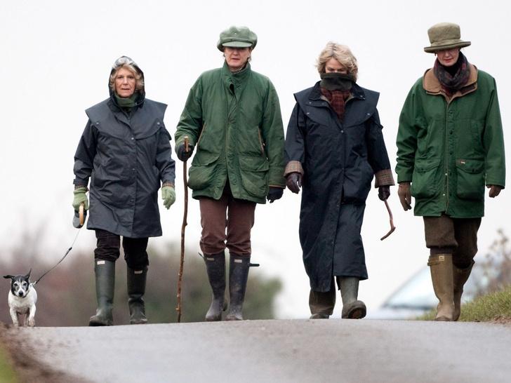 Фото №8 - Любимый бренд королевской семьи: как Виндзоры носят резиновые сапоги Hunter