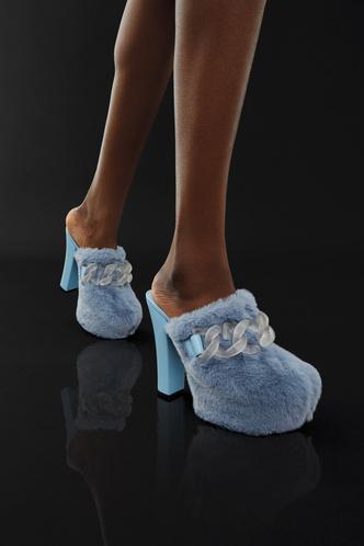 Фото №10 - Самая модная обувь осени и зимы 2021/22