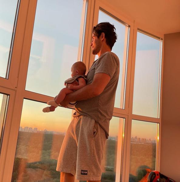 Фото №3 - Марк Богатырев показал умилительное фото с маленьким сыном