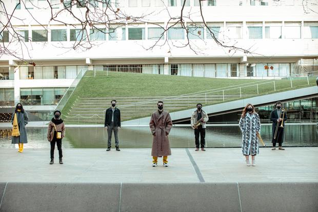 Фото №1 - Джаз и мода: как бренд Fendi поддерживает творчество в пандемию