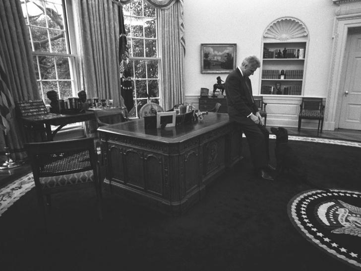 Фото №7 - Внутри скандала с Моникой Левински: что происходило в Белом доме накануне импичмента Билла Клинтона