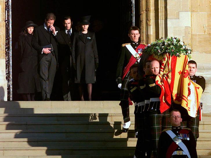 Фото №3 - 5 важных традиций Виндзоров, связанных с похоронами членов королевской семьи