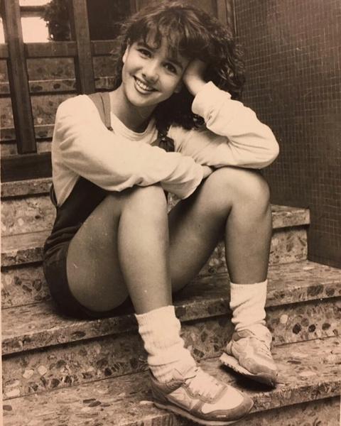 Фото №2 - А вы бы ее узнали? Наталия Орейро показала, как выглядела в 15 лет