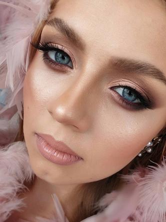 Фото №9 - Уходи красиво! Макияж на выпускной для разного цвета глаз