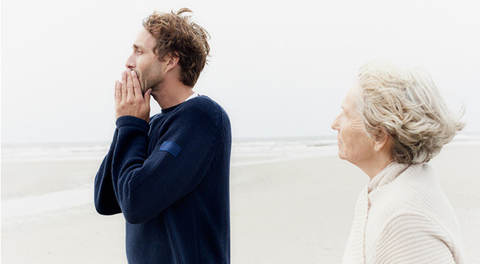 Обязаны ли мы любить свою мать?