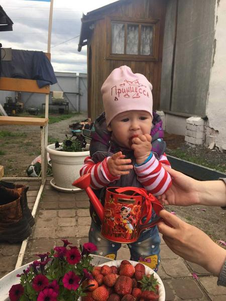 Фото №20 - Дачные радости для малыша: голосуем за самое яркое детское фото