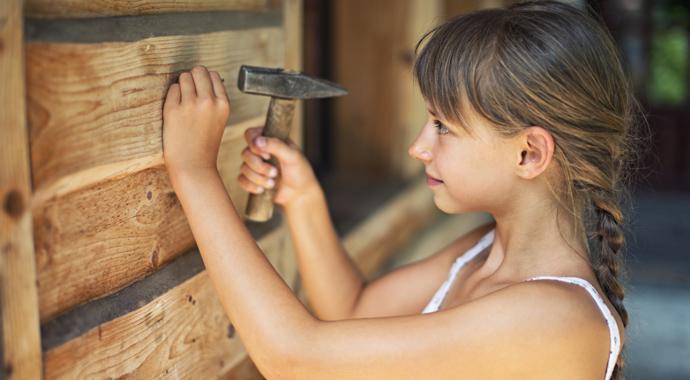 Дети и домашние обязанности: нужно ли делить работу по дому на мужскую и женскую