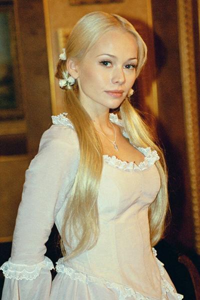 Фото №4 - Бедная Настя снова красотка: Корикова наконец сменила имидж