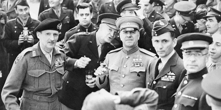 Фото №1 - Секретная кока-кола для маршала Жукова