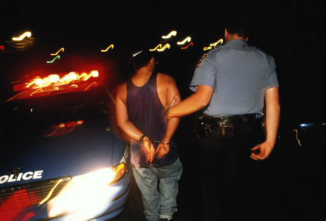 сонник арест