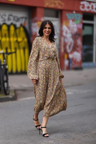 Фото №15 - Для лета и не только: самые модные платья с цветочным принтом