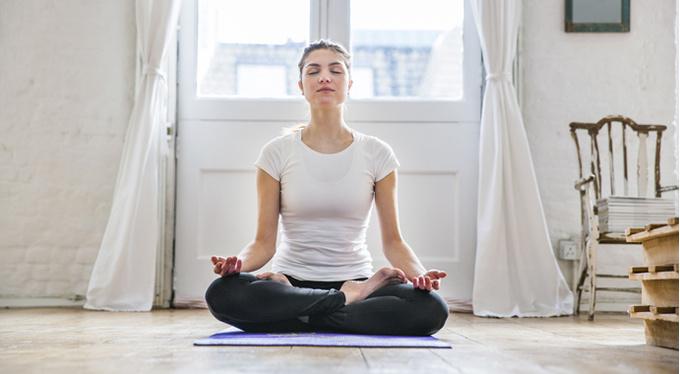 Как приучить себя медитировать в правильной позе