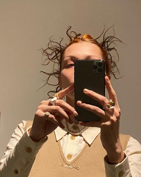 Фото №1 - Бьюти-тренд от Беллы Хадид: теперь делаем мультяшные прически