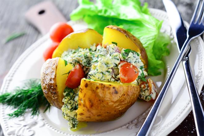 Картофель запеченный в духовке в фольге рецепт