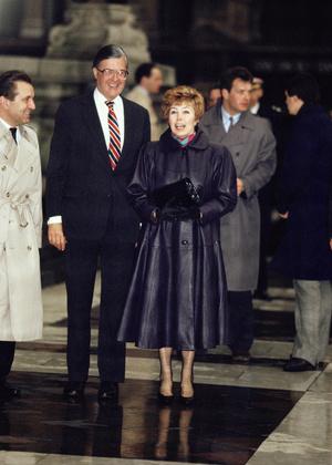 Фото №9 - От Хрущевой до Путиной: как выглядели и одевались первые леди нашей страны