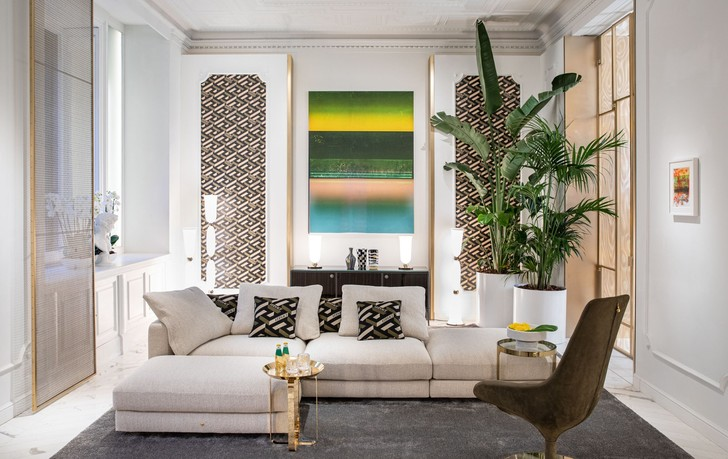 Фото №1 - Новая коллекция Versace Home в Милане