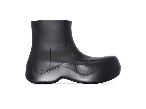 Фото №4 - От кроксов до «копыт»: почему дизайнеры одержимы уродливой обувью