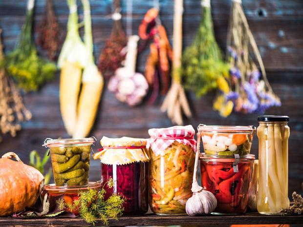 Фото №1 - Домашние заготовки: 5 лучших рецептов для всей семьи