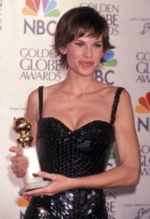 Фото №20 - Легенды «Золотого глобуса»: самые знаменитые наряды в истории премии
