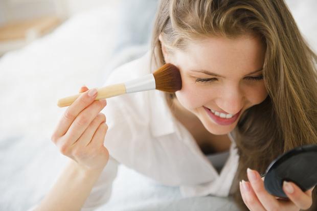 макияж на каждый день, самые нужные средства для макияжа, что нужно для макияжа лица список косметики для начинающих
