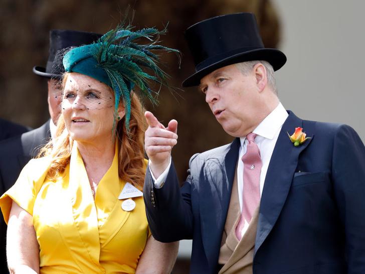Фото №2 - Пара, которая на волоске от исключения из королевской семьи (и это не Гарри и Меган)