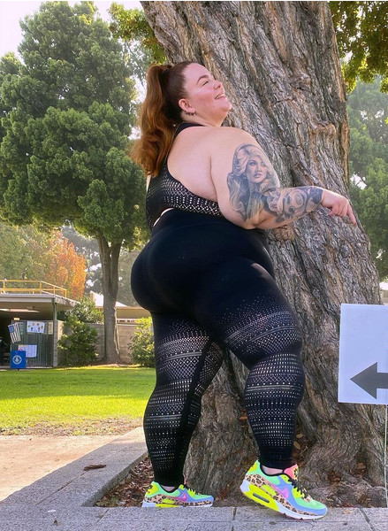 Фото №2 - 155-килограммовая Тесс натянула на себя кружевные лосины