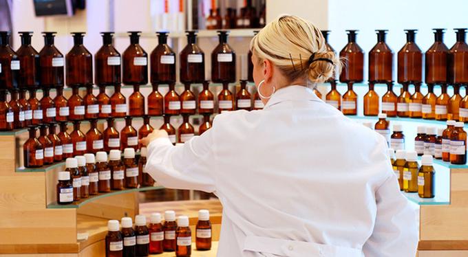 Как работают великие парфюмеры?