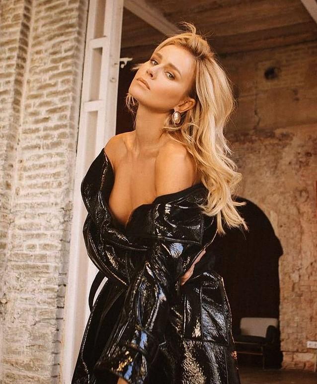 Фото №2 - 11 знойных блондинок— участниц «100 самых сексуальных женщин России»