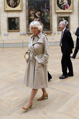 Фото №11 - Выбирая классику: как королевские особы носят тренчи
