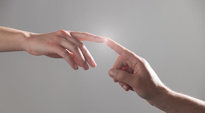 Человеку нужен человек: зачем нам отношения и какими они бывают