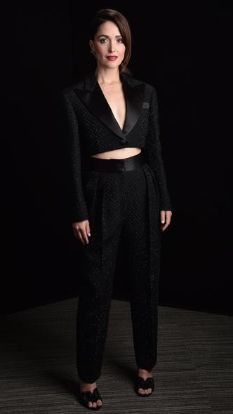 Фото №30 - BAFTA 2021: самые стильные звезды на красной дорожке церемонии