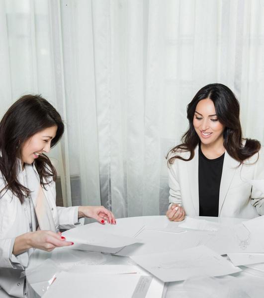 Фото №2 - На фоне слухов о разводе Алсу представила свадебное платье собственного дизайна