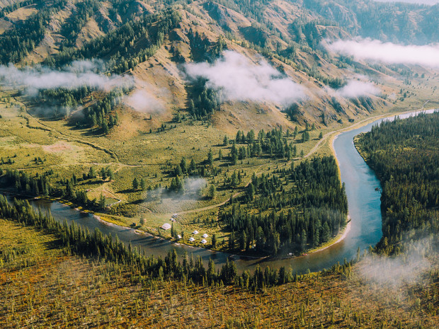 Фото №1 - Глэмпинг Mamont Camp Алтай: новая точка на туристической карте России