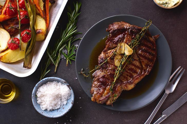 Фото №3 - Как приготовить сочный говяжий стейк