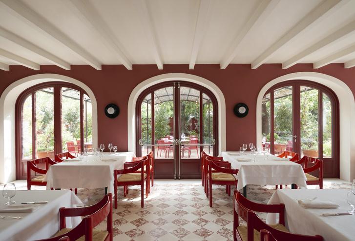 Фото №3 - Обновленный ресторан Cavallino в штаб-квартире Ferrari: проект Индии Мадави