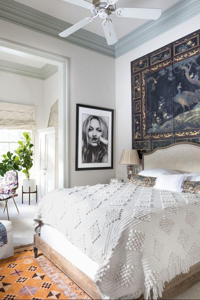 Фото №8 - Стена над изголовьем кровати: 10 идей декора