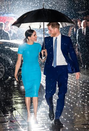 Фото №15 - Их модные Высочества: лучшие парные образы Меган и Гарри