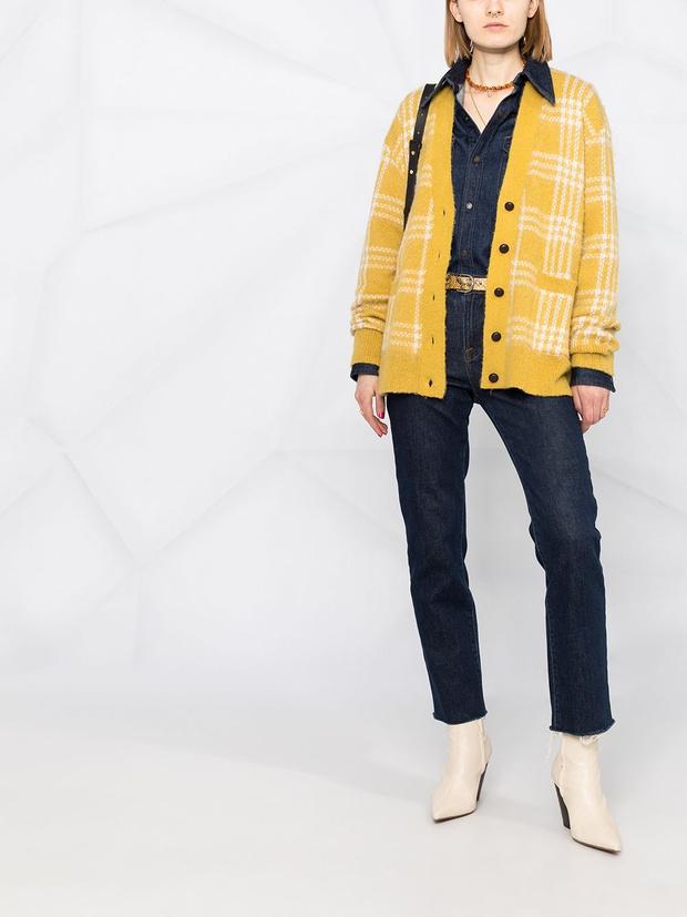Фото №2 - Кардиган в клетку— главный бестселлер вашего гардероба. 5 классных вариантов на каждый день, как у Сьюки Уотерхаус