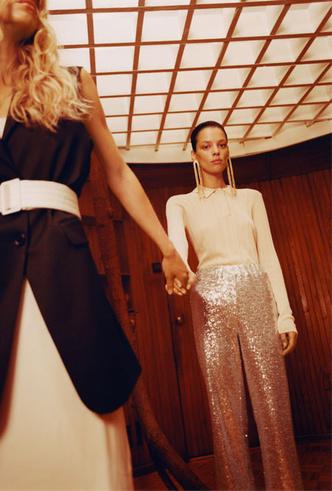 Фото №5 - Как превратить повседневный наряд в вечерний (и наоборот): модная инструкция Reserved