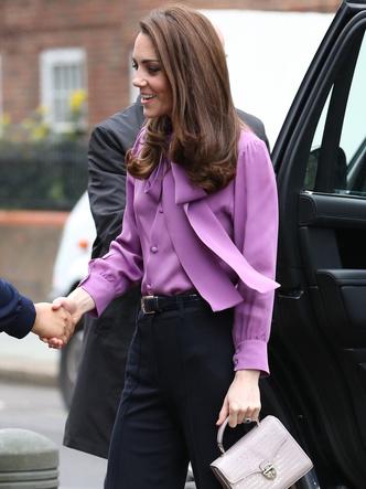 Фото №3 - Модный конфуз или новый тренд: что не так с нарядом герцогини Кейт