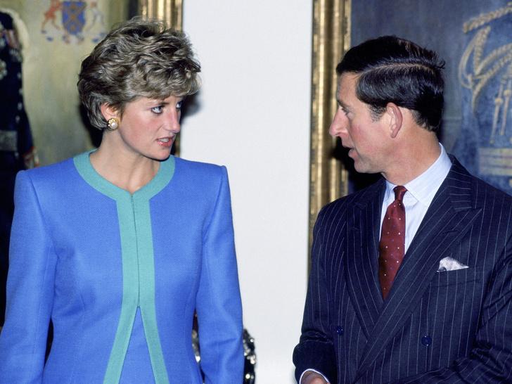 Фото №3 - Почему принцу Чарльзу, возможно, придется уступить Уильяму престол (и кто в этом виноват)