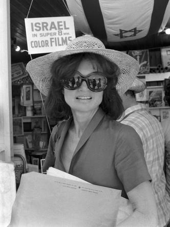 Фото №12 - Идеальный летний гардероб: 12 лайфхаков от Жаклин Кеннеди
