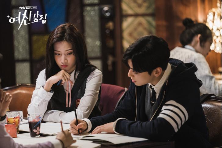 Фото №9 - Как учиться на отлично: крутые лайфхаки из корейских дорам про школу и универ