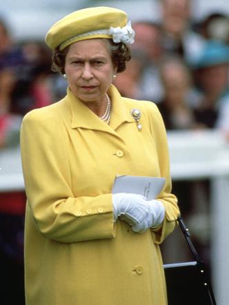 Фото №5 - Самые странные правила, которым обязаны следовать все члены королевской семьи