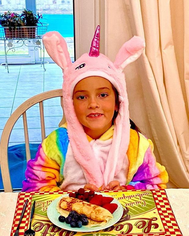 Фото №2 - Дочь Киркорова показала свой «сказочный» завтрак