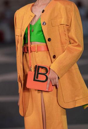 Фото №18 - Самые модные сумки весны и лета 2021