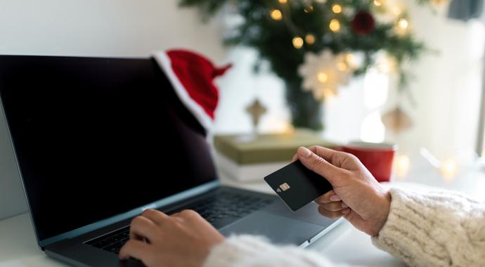 Новогодний шоппинг: 7 советов, как успеть все и не потратить больше, чем надо