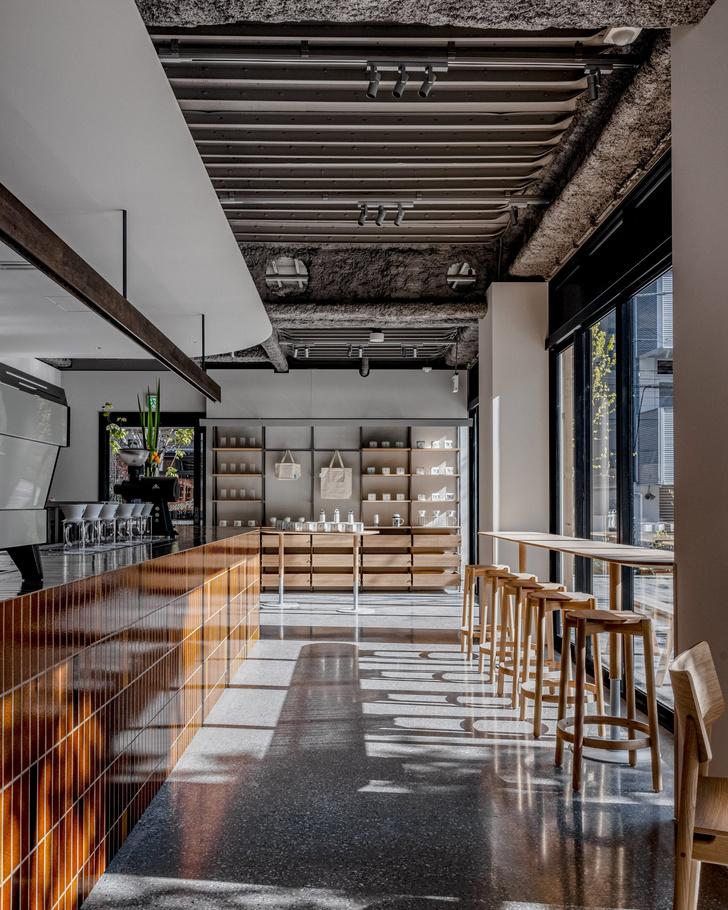 Фото №3 - Минималистское кафе в Токио по проекту Кэйдзи Асизавы