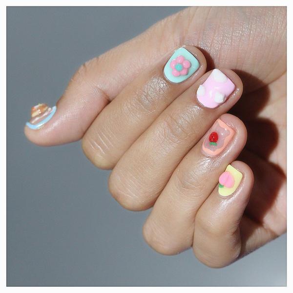 Фото №6 - Креативный маникюр на короткие ногти: 9 стильных нейл-дизайнов